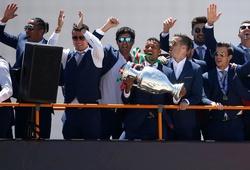 Bồ Đào Nha được chào đón như những vị vua tại quê nhà