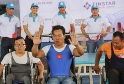 Chuyện lực sĩ cử tạ khuyết tật Lê Văn Công 3 lần phá KLTG