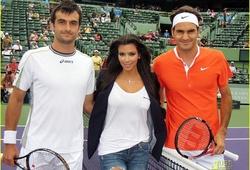"""Federer chỉ bằng """"móng tay"""" cô Kim siêu vòng 3 trên Google"""