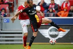 Sốc: Cầu thủ Mainz 05 gặp chấn thương nặng vì đá vào chỗ hiểm đối thủ