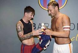 Roma bán áo Messi để làm từ thiện