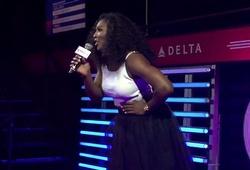 Serena Williams hát karaoke như Lệ Rơi hát live