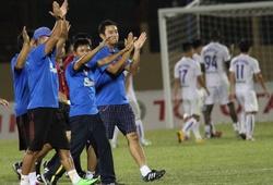 """HLV Võ Đình Tân phát biểu về nạn bạo lực ở V.League 2015: """"Bệnh nan y"""" lây lan"""