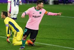 Messi bán đấu giá đôi giày phá kỷ lục ghi bàn
