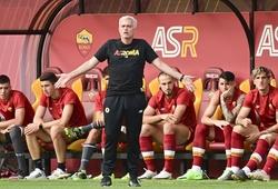 Jose Mourinho khởi đầu với AS Roma bằng 10 bàn thắng