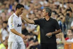 Ronaldo bị gọi là tên ngốc và Mourinho là kẻ bất bình thường