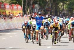 """Nguyễn Trường Tài """"xé"""" áo vàng chặng 12 giải đua xe đạp Cúp truyền hình HTV 2021"""