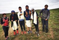 """Người chăn dê cứu mạng 6 VĐV trong """"cuộc đua ultramarathon tử thần"""" ở Trung Quốc"""