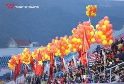 2.500 khán giả được vào sân xem Mạc Hồng Quân đấu Lee Nguyễn