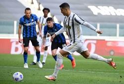 Ronaldo sút hỏng phạt đền nhưng lập tức chuộc lỗi cho Juventus