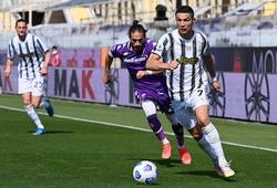 Cristiano Ronaldo chìm trong khủng hoảng cùng Juventus
