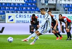 Ronaldo lập bao nhiêu hat-trick hoàn hảo trong sự nghiệp?