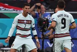 Ronaldo ghi bàn thắng lịch sử của EURO cho Bồ Đào Nha