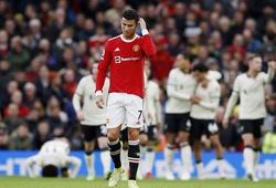 Phản ứng của Ronaldo sau khi MU thảm bại trước Liverpool