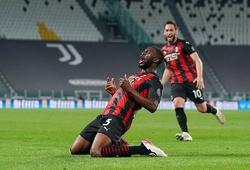 Hậu vệ AC Milan bật nhảy cao hơn Cristiano Ronaldo khi ghi bàn