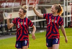 2 ngôi sao bóng đá nữ Mỹ phản ứng kỳ lạ khi chơi cùng nhau tại Olympic