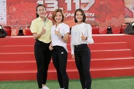"""Oanh """"ỉn"""" đánh giá cao đường chạy, Tú Chinh tiếc vì không được tham gia Techcombank HCMC Marathon 2021"""