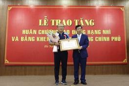 HLV Park Hang Seo được ghi nhận sau những đóng góp cho bóng đá Việt Nam