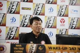 """HLV Chung Hae Seong: """"TP HCM đang phải chống lại 13 đội chứ không phải 5 đội"""""""