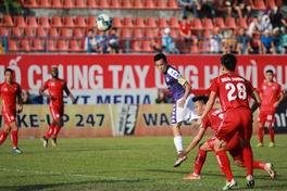 Xóa dớp không thắng trên sân khách, Hà Nội trở lại ngôi đầu V.League