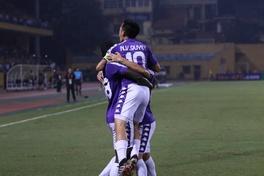 Hà Nội FC cảm ơn NHM theo phong cách Viking