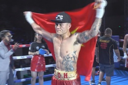 Trương Đình Hoàng nỗ lực trước trận tranh đai vô địch WBA Châu Á tại Philippines.