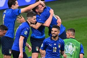 """QBV nữ Kiều Trinh: """"Thích tuyển Ý, nhưng mong Tây Ban Nha vào chung kết"""""""