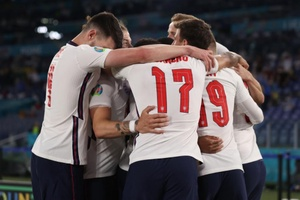 Xem lại bóng đá Ukraine vs Anh vòng tứ kết EURO 2021