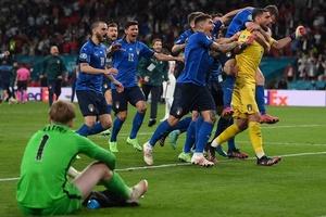 Donnarumma thừa nhận không biết Italia thắng đá luân lưu