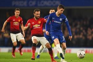 Ngạc nhiên về cách MU đã sử dụng Mata để vô hiệu hóa Jorginho của Chelsea