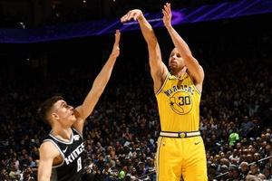 Video Golden State Warriors 125-123 Sacramento Kings (NBA ngày 22/2)