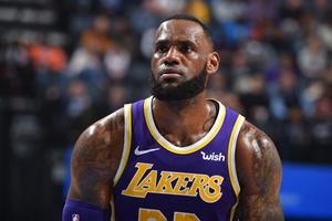 Video Los Angeles Lakers 105-110 Memphis Grizzlies (NBA ngày 26/2)