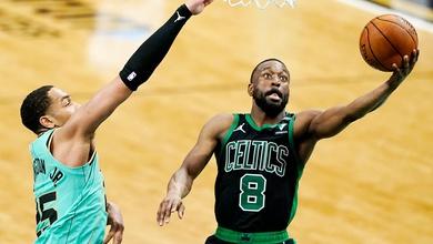 New York Knicks không đứng ngoài cuộc vui, mang về hậu vệ Kemba Walker