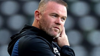 Rooney xin lỗi công khai sau vụ việc với các cô gái trẻ