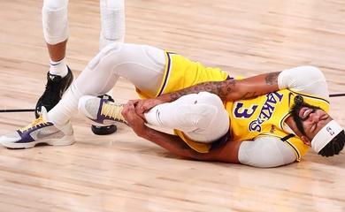 Anthony Davis lật cổ chân tại Game 4: Lo âu chồng chất cho Lakers vào ngày mai