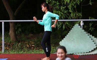 """Cửa Olympic khép chặt và sự cô độc của """"người kế thừa đi bộ"""" Thu Trang"""