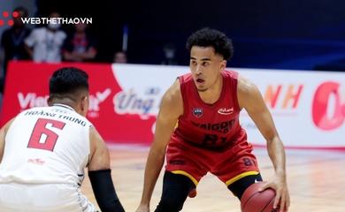 Juzang tàng hình, Thang Long Warriors toàn thắng Saigon Heat ở vòng bảng