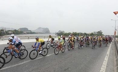 Giải đua xe đạp VTV Cúp Tôn Hoa Sen 2020: Nguyễn Quốc Bảo thắng chặng 6