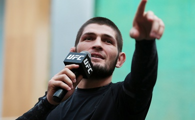 Khabib thành lập mạng di động riêng Eagle Mobile sau khi mua giải MMA