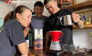 """Trương Đình Hoàng - Khi đôi tay triệu view kinh doanh cà phê từ """"gốc"""" tới """"ngọn"""""""