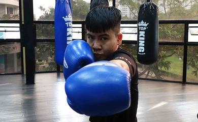 """""""Nhồi thể lực"""" gấp rút, boxer Nguyễn Thị Thu Nhi chạy đua trước trận tranh đai thế giới"""