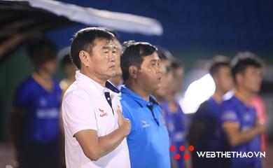 """HLV Phan Thanh Hùng và nhiệm vụ giúp Bình Dương """"phá dớp"""" trước Hà Nội"""