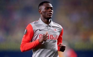 """Tin chuyển nhượng MU mới nhất hôm nay 2/4: """"Quỷ đỏ"""" đàm phán mua tiền đạo Salzburg"""