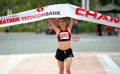 Trực tiếp Giải chạy Marathon Quốc tế TPHCM Techcombank: Nguyễn Thị Oanh vô địch cự ly 21km