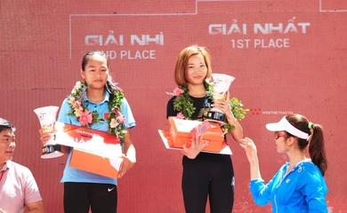 """""""Ốc tiêu"""" Nguyễn Thị Oanh đăng quang ở giải chạy lớn nhất Việt Nam"""
