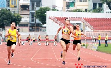 """Tú Chinh chạy với """"vận tốc năm ngoái"""" vẫn vô đối ở Cúp Tốc độ 2021"""