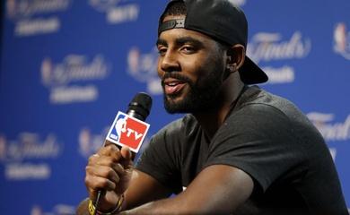 Kyrie Irving tiếp tục bị NBA phạt tiền, Brooklyn Nets cũng bị vạ lây