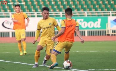 Cầu thủ SLNA trở thành F2, trận gặp Hà Nội có nguy cơ hoãn