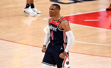 Russell Westbrook quân bình kỷ lục triple-double đỉnh, mang về chiến thắng cho Washington Wizards