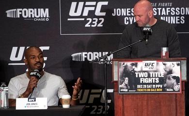 """Jon Jones từ chối ý tưởng của Dana White: """"Tôi lên hạng nặng để tranh đai"""""""